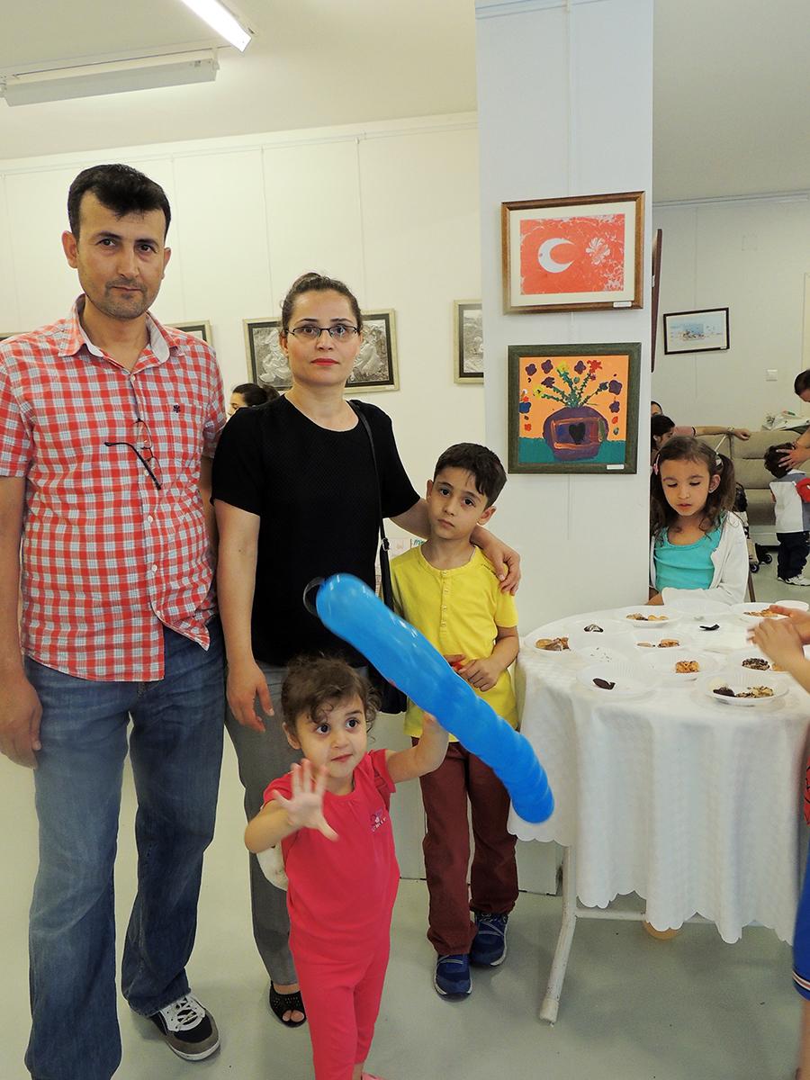 Çocukların Düzenlediği Sanat Sergileri Çanakkalede