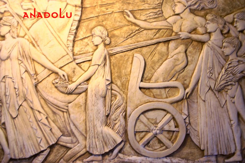 Heykel Rölyef Örneği Çanakkalede