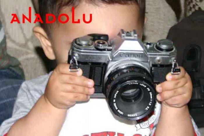 Fotoğraf Çeken Bebek Çanakkalede