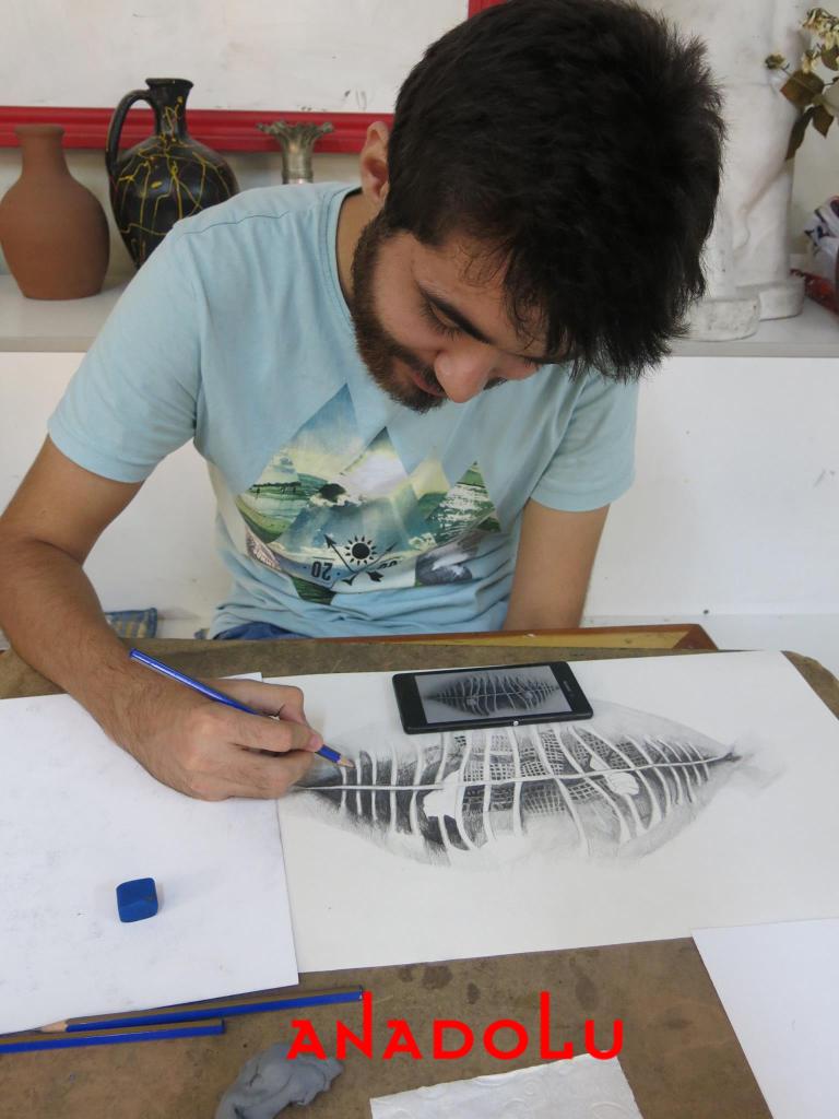 Hobi Grubu Karakalem Çalışmaları Çanakkale